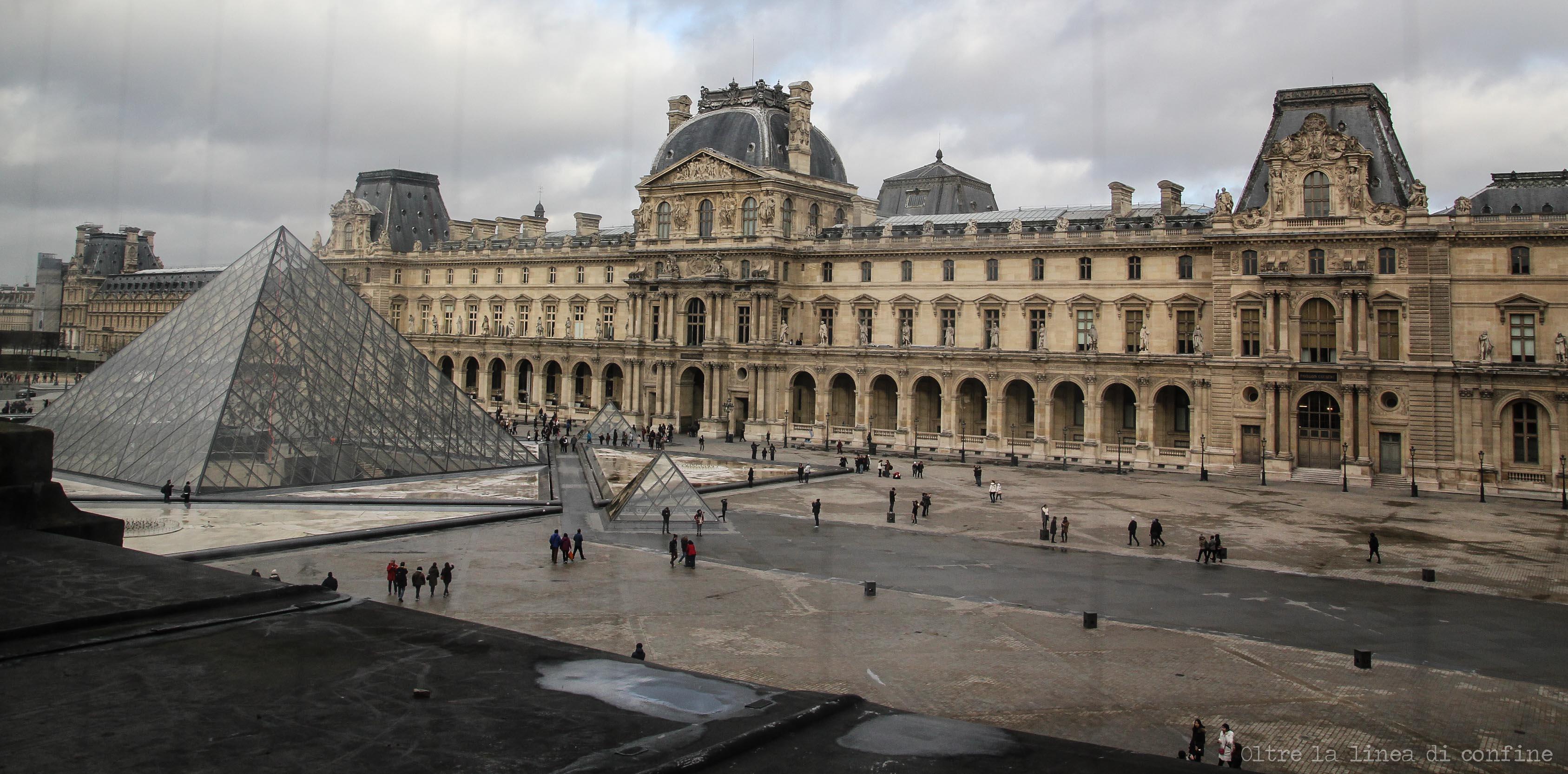 Parigi Museo del Louvre