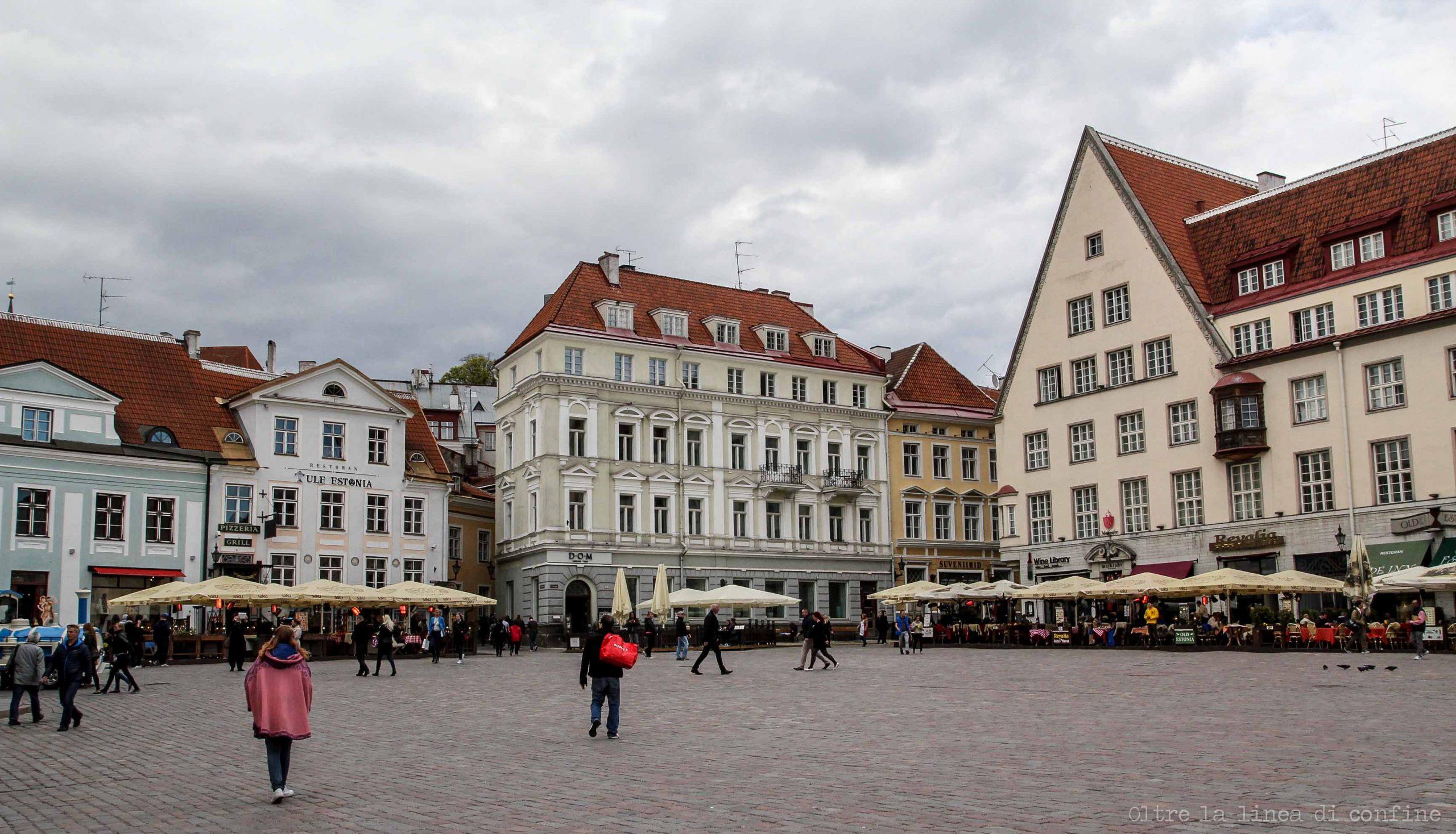 Tallinn Cosa Vedere Piazza del Municipio